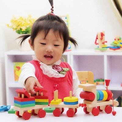 Giáo viên Montessori gợi ý số lượng đồ chơi mà 1 đứa trẻ thực sự cần, mẹ tránh mua quá nhiều gây lãng phí