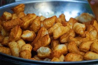 5 quán ăn vặt không thể bỏ lỡ khi gió mùa bất chợt ùa về Hà Nội