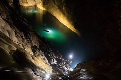 Hé lộ 8 sự thật không phải ai cũng biết về hang Sơn Đoòng: Số người từng đến đây còn ít hơn số người từng lên mặt trăng!