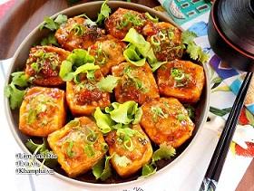 Không sốt đậu nhồi thịt với cà chua, đem sốt với thứ này hương vị khác biệt hẳn