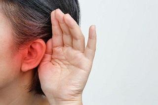 Người phụ nữ đột nhiên bị ù tai, đi khám mới ngỡ ngàng phát hiện bị ung thư