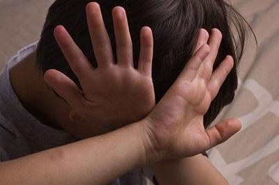 Tỷ lệ nguy cơ bé trai bị xâm hại tình dục cao đến mức cha mẹ không thể ngờ