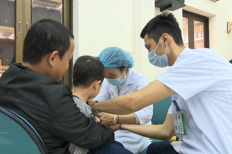 Số trẻ dương tính với sán lợn ở Bắc Ninh tiếp tục tăng: Cục Y tế dự phòng lên tiếng