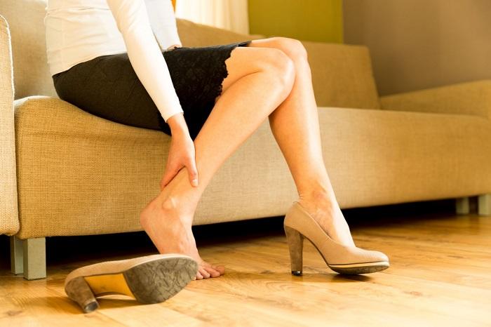 Hãy bảo vệ đôi chân khỏi những biến chứng đau đớn của bệnh suy giãn tĩnh mạch chân